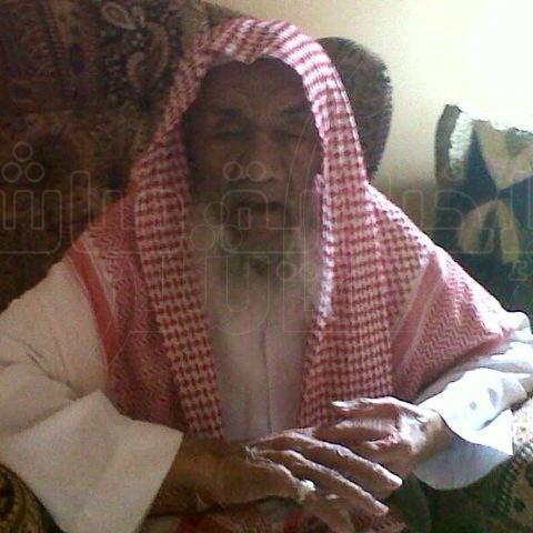 """بالصور .. مواطن يشكر بلدية الجفر على معالجتها حفر شوارع قرية """" الفضول """""""