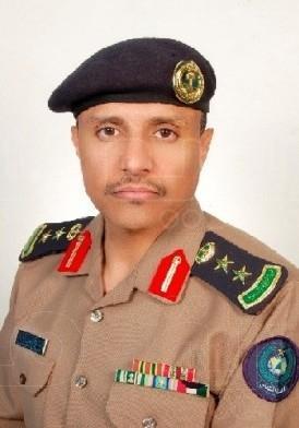 قائد عسكري سابق يعلن تجميد عمل السلطات في ليبيا