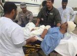 بالصور .. إخلاء جندي سعودي جواً إثر تعرضه لقذيفة حوثية بجازان