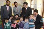 رئيس الحملة الوطنية السعودية لنصرة الأشقاء في سوريا يطمئن على اللاجئين السوريين