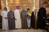"""المهندس """" صالح البقشي """" يكرم بطل الخليج للسباحة 2015"""