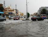 إمارة مكة : مشاريع درء أخطار السيول منعت 49 مليون متر مكعب من دخول جدة