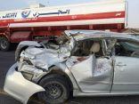 بالصور .. وفاة شخص وإصابة 2 في حادث مروري على طريق ابو حدرية