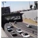 """بالفيديو والصور .. تسرب """" ديزل """" يتسبب في وقوع حوادث سير بنفق مدينة المبرز"""