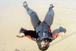 مصرع سعودي بدبي أثناء ممارسته رياضة القفز المظلي