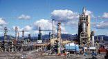 النفط يسجل أدنى مستوى منذ أبريل 2009م ويقلص خسائره بعد بيانات أمريكية